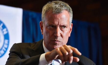 Mayor Bill de Blasio Catches Hell for Threatening to Arrest Jewish Citizens Who Gather in Large Groups