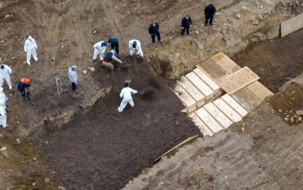 New York ramps up mass burials amid outbreak