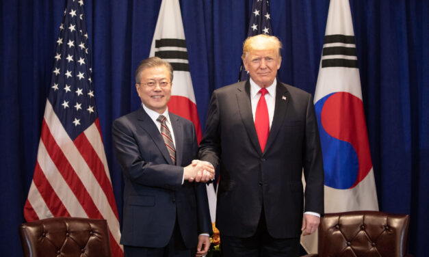 South Korean President Moon on Monday accepted U.S. President Trump's invitation to a G7 summit slated for later this year
